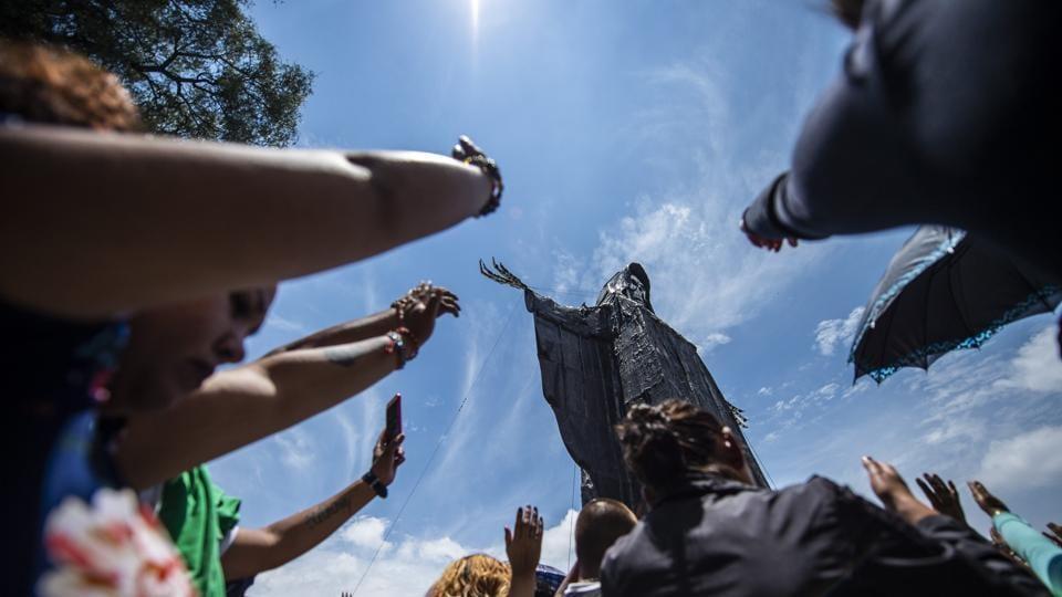 Photos: Praying to Santa Muerte, Mexico's deity of death