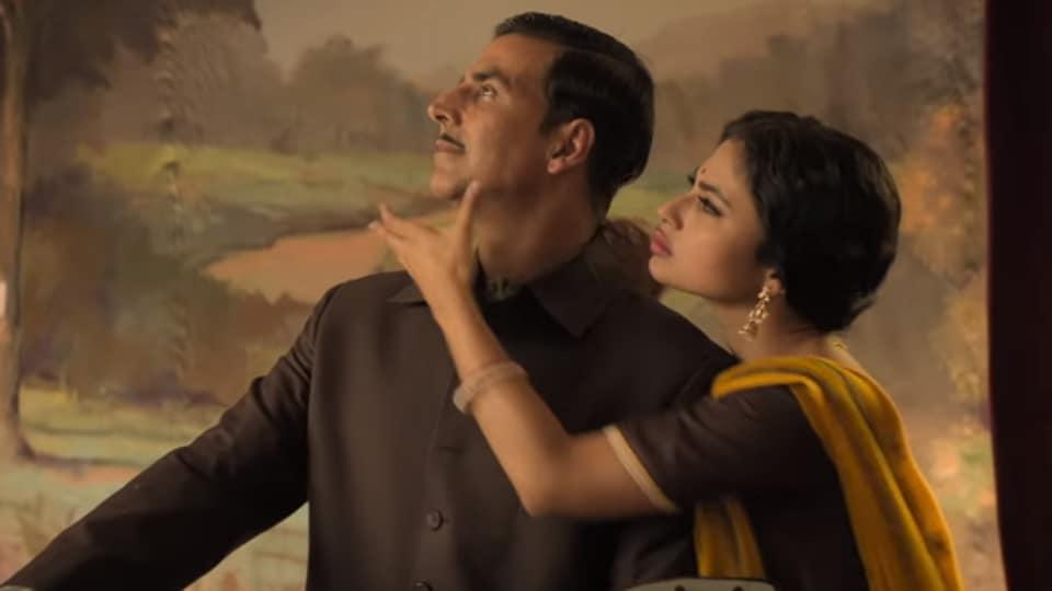 Bolte Parini,Gold,Akshay Kumar