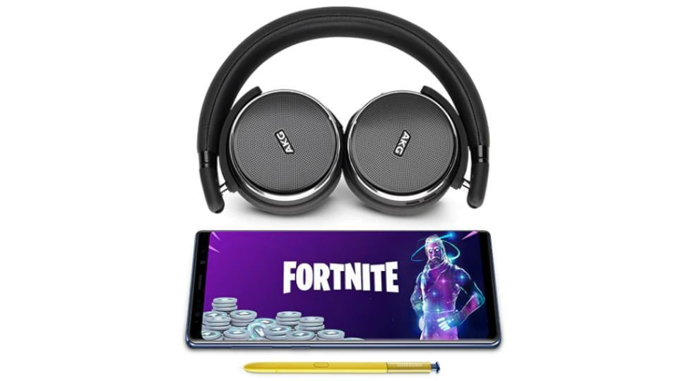 Samsung Galaxy Note 9 buyers can choose between AKG headphones or 15,000 Fortnite V-bucks for free.