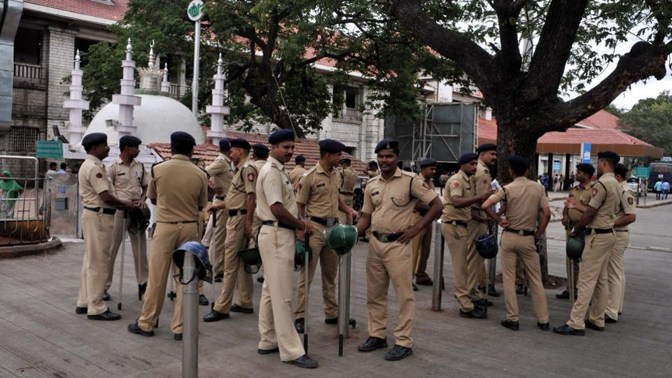 Police was deployed in large numbers at most of the prominent places in the city, including the railway station, to avoid any untoward event. (HT Photo)
