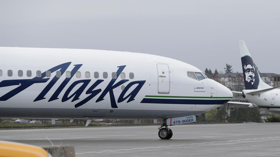 Airline Worker Steals Aircraft, Crashes Near Seattle