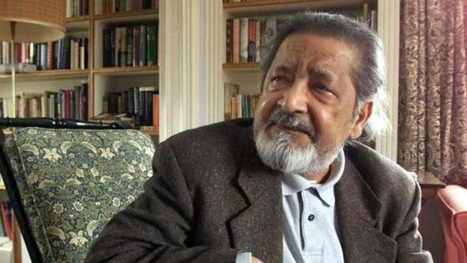 British author VS Naipaul at his home near Salisbury, Wiltshire, October 11, 2001 after it was announced that he has been awarded the Nobel Prize for Literature.  Naipaul died at the age of 85 on Saturday.