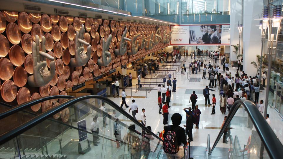 Bomb,Delhi airport,IGI Airport