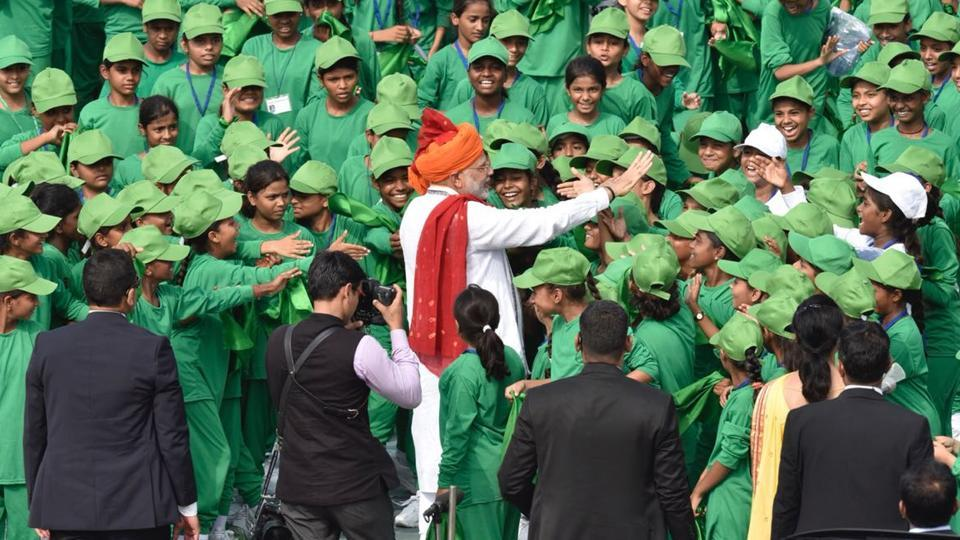 Modi greets children on Independence Day,narendra modi live speech,independence day live speech