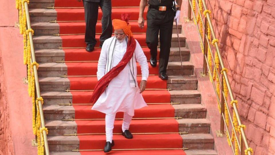 narendra modi live speech,independence day live speech,pm narendra modi speech at red fort