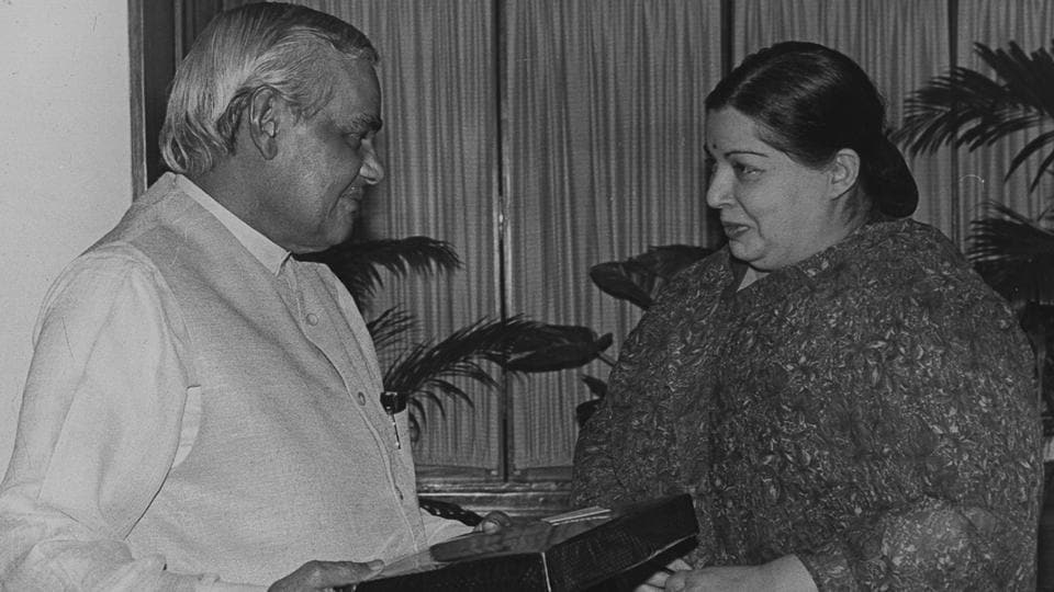 Prime Minister Atal Bihari Vajpayee meets with AIADMK leader Jayalalithaa on October 8, 1998 in New Delhi.  (HT Archive)
