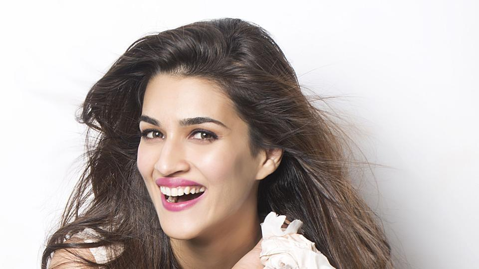 kriti sanon my sister is taking her time to join bollywood and