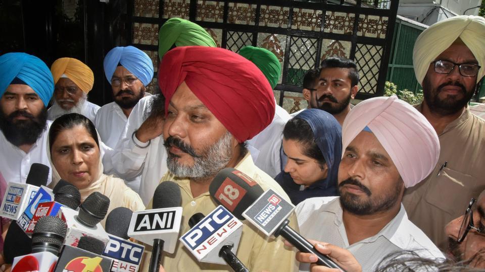 AAP infighting,Sukhpal Khaira,Harpal Singh Cheema