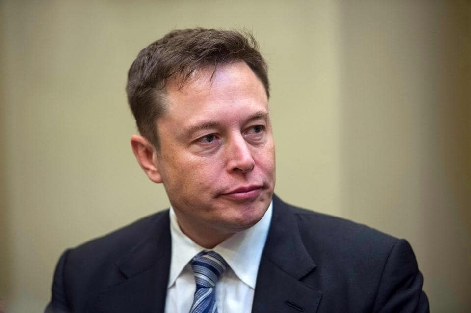 Elon Musk seems to beg Tesla's board to save him from himself