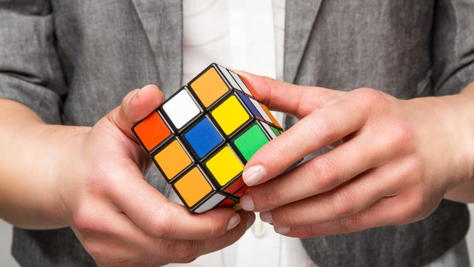 Rubik's cubes,Georgian student,Guinness World Record