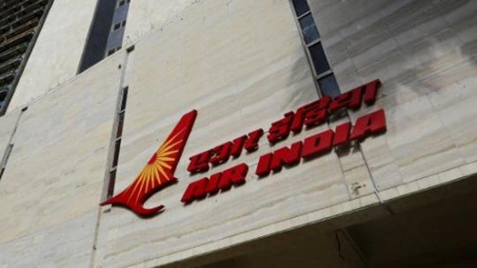 Air India,Air India pilots salaries,Air India pilots flying allowance