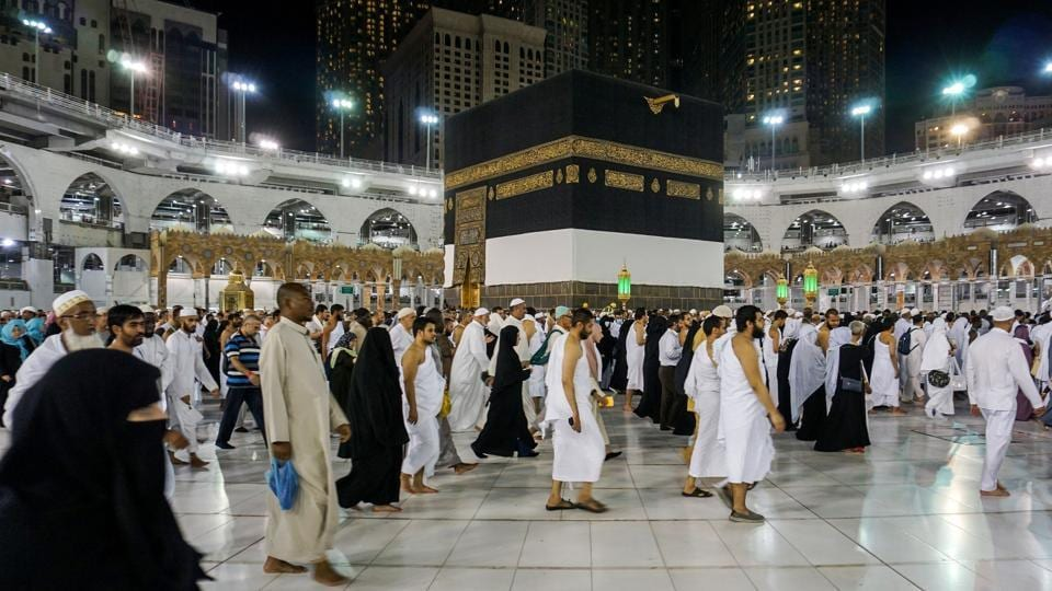Muslim worshippers circumambulate around the Kaaba, Islam's holiest shrine, at the Grand Mosque in Saudi Arabia's holy city of Mecca on August 17, 2018 prior to the start of the annual Haj pilgrimage in the holy city.