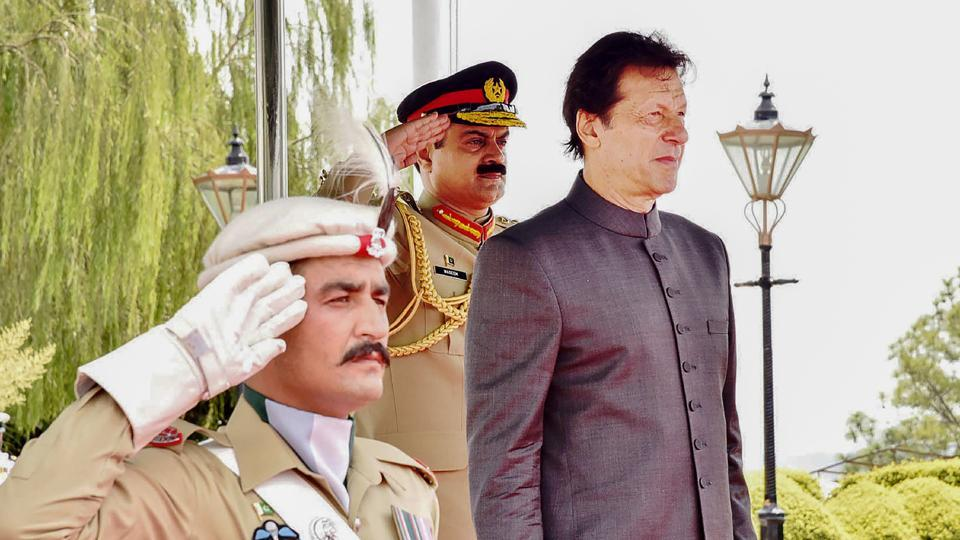 Newly appointed Pakistani prime minister Imran Khan inspects guard of honor on his arrival in the Prime Minister House during a ceremony in Islamabad.
