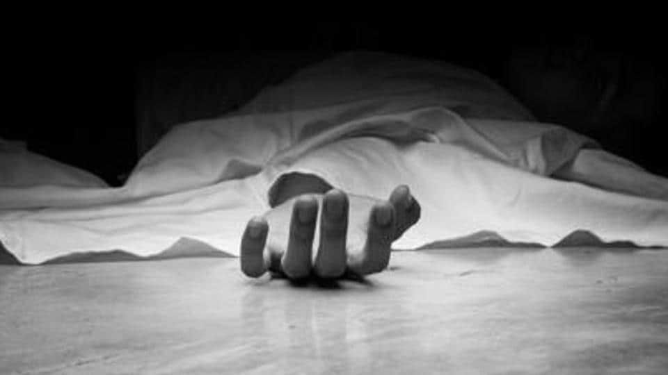 ubaida Khatoon (35) and her three sons allegedly jumped into a well on Saturday night in Nimadih village of Jharkhand.