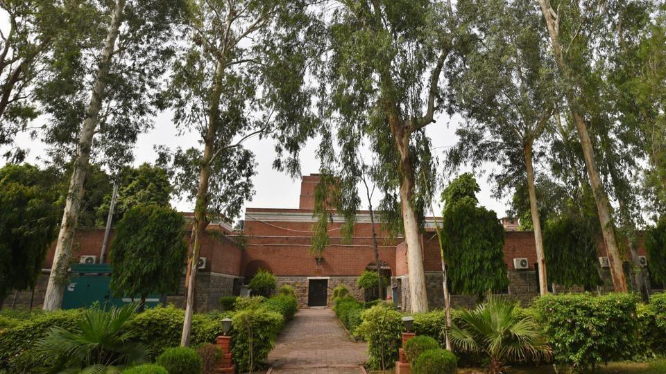 Kejriwal,Delhi treest,Geo tagged