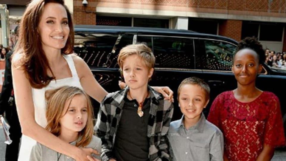 Brad Pitt,Angelina Jolie,Zahara