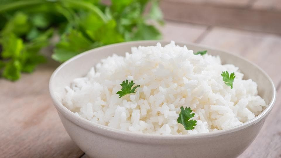 Part of the staple Indian diet, just 1 cup of cooked rice can provide us with upto 195 calories, 44 gms of carbohydrates and some fat.  (shutterstock)