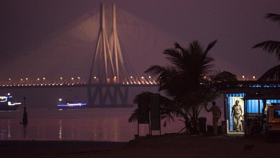 mumbai,mahim beach,BMC