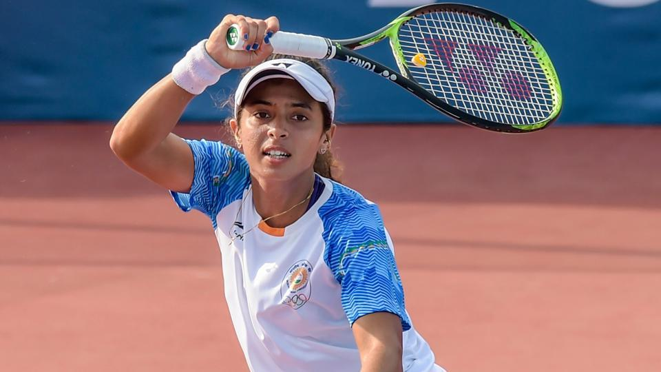Ankita Raina in action against Hong Kong's Eudice Wong Chong at the Asian Games 2018.