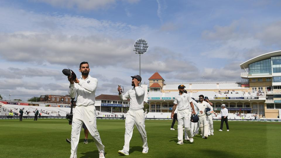 India captain Virat Kohli applauds the fans after day 5 of the 3rd Test Match between England and India at Trent Bridge on August 22, 2018 in Nottingham, England.  (Getty Images)