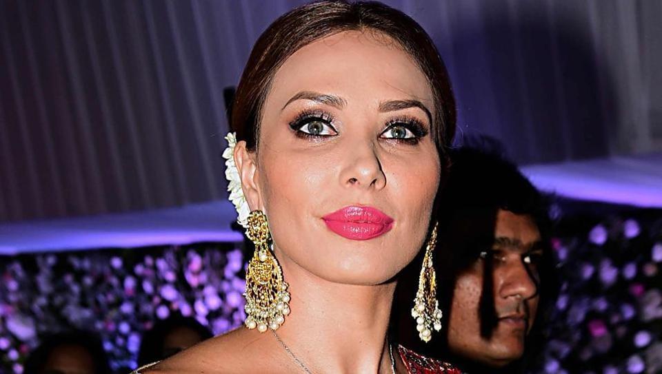 Iulia Vantur,Iulia Vantur Movie,Salman Khan
