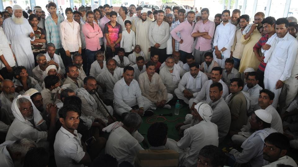 Representatives of Kolgaon, Punhana and other adjoining villages met on Tuesday evening and unanimously decided that after the morning prayers on Wednesday, there would be a protest by 36 communities of 400 villages at the Eidgah against 'rising hate' in the area.