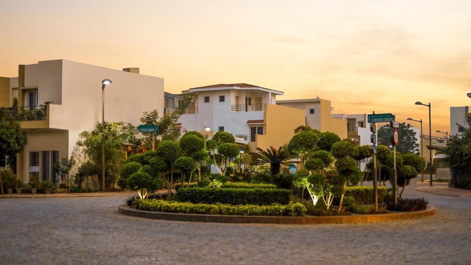 Paramount Golfforeste,luxury living,real estate