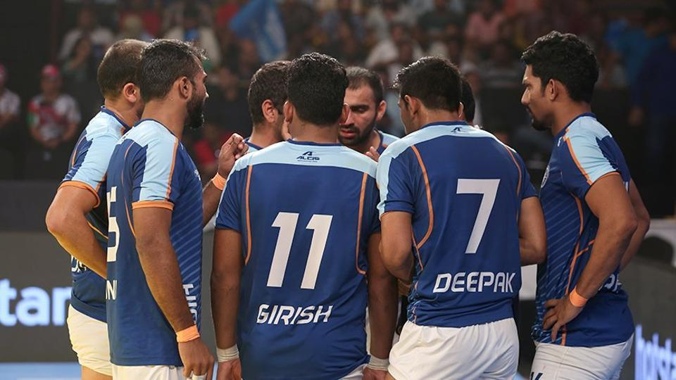 File photo of Indian men's kabaddi team. India lost in the semi-final of the Asian Games to Iran and will miss out on the gold medal for the first time.