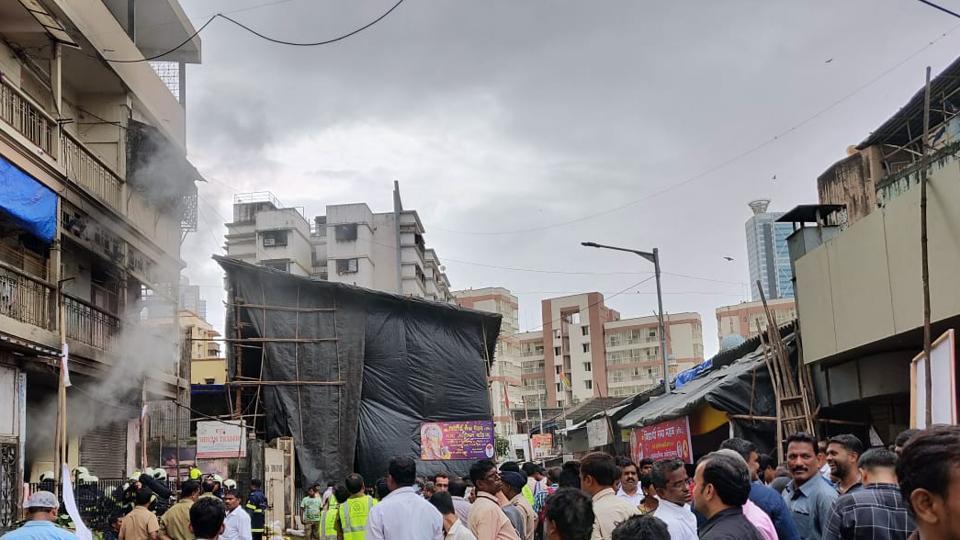 Mumbai fire,fire in mumbai,parel fire