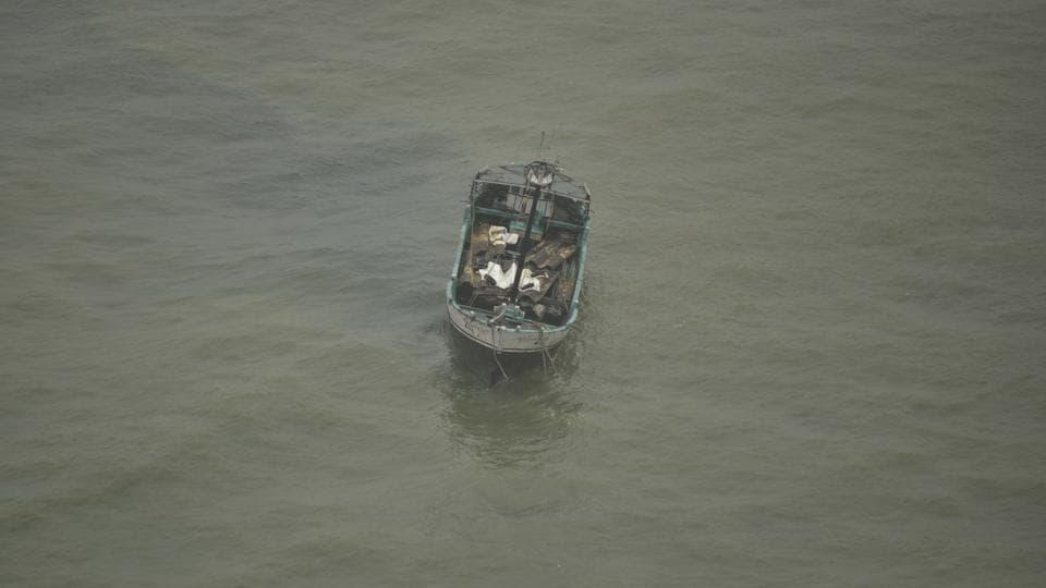 boat capsizes in Arabian Sea,boat capsizes,fishermen