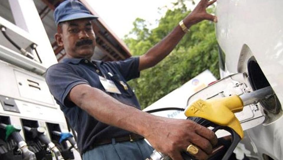 Fuel prices hit record high in Nagpur