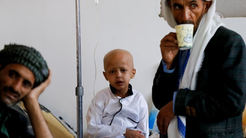 """Now, the National Oncology Centre is totally relying on the fund provided by international organizations, including WHO, and some charitable organizations or businessmen as the government fund has been disrupted for around two years,"" it said in a statement emailed to Reuters. (Khaled Abdullah / REUTERS)"