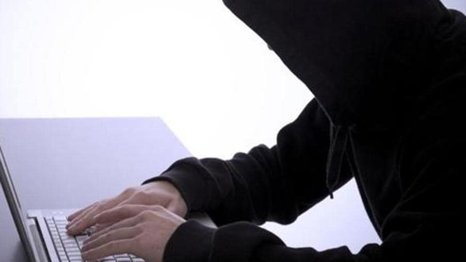 online fraud,dupe,musician