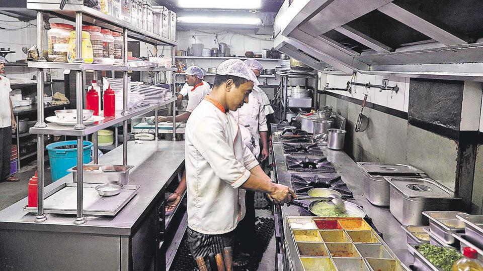 Pune restaurant,350 eateries,FDA
