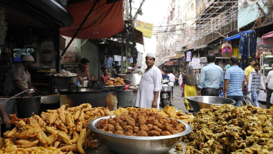 Pakoras are a 'hot' favourite during monsoons.