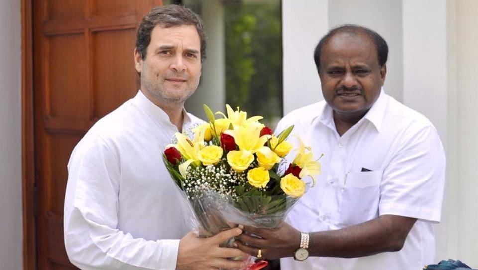 Kumaraswamy's discussions with Rahul Gandhi come on the eve of the JD(S)-Congress Coordination Committee meeting to iron out differences in the alliance that has arisen after Siddaramaiah's remarks about becoming chief minister.