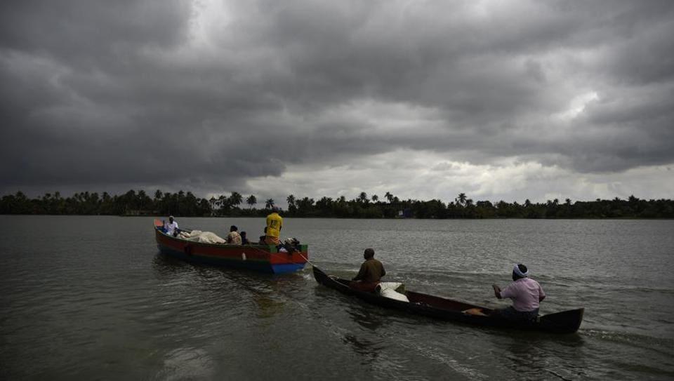 Kerala flood,Kerala CM's distress fund,Kerala relief