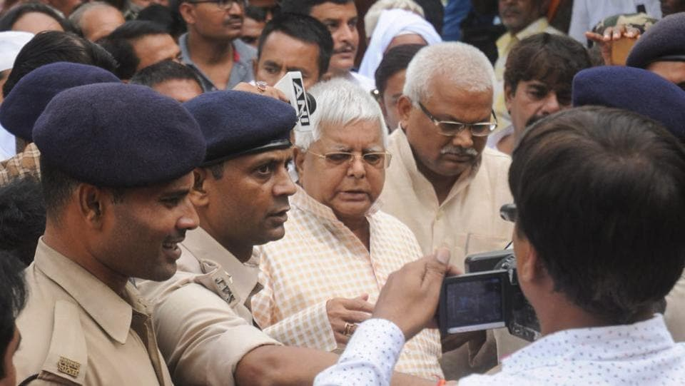 Rashtriya Janta Dal (RJD) leader and former Bihar chief minister Lalu Prasad Yadav arrives to surrender in connection with multi-crore fodder scam case at special CBI court, in Ranchi. He was directed by the Jharkhand High Court to surrender before the court by August 30, upon expiry of his provisional bail. (PTI)