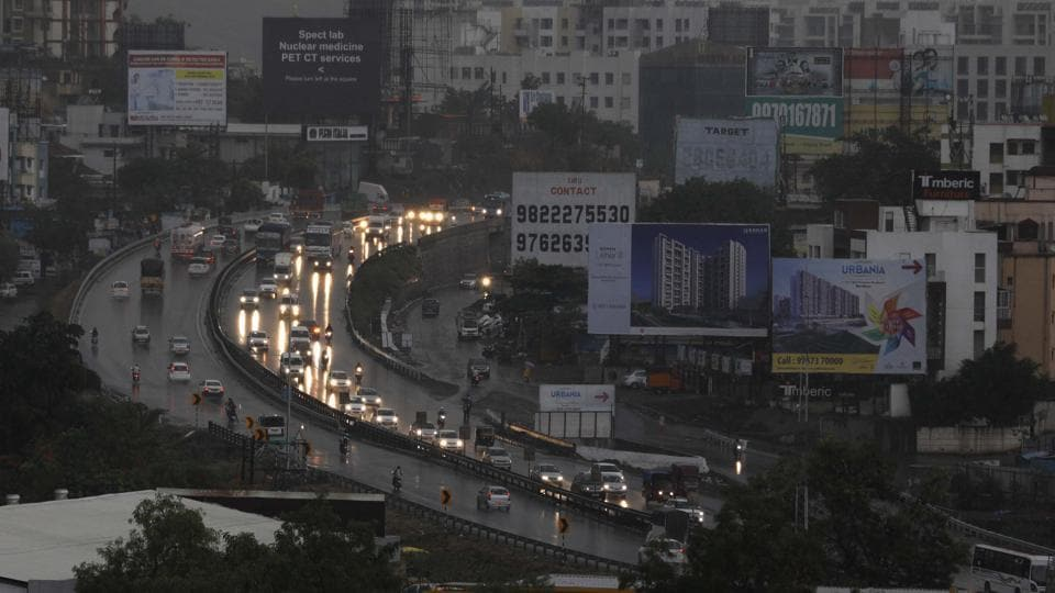Pune Municipal Corporation plans to build a multilevel flyover at Chandani chowk that has become a nightmare for residents and an accident spot. The project will be carried out by National Highways Authority of India.