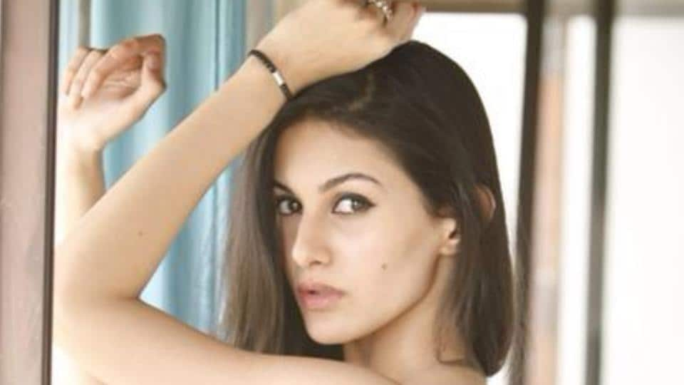 Amyra Dastur,London,Family time