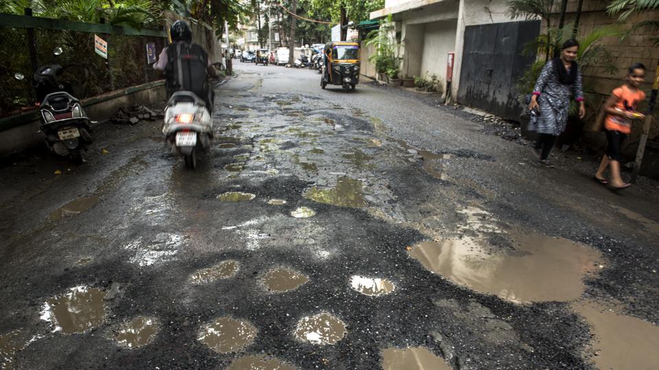 Mumbai,Potholes,Mumbai potholes