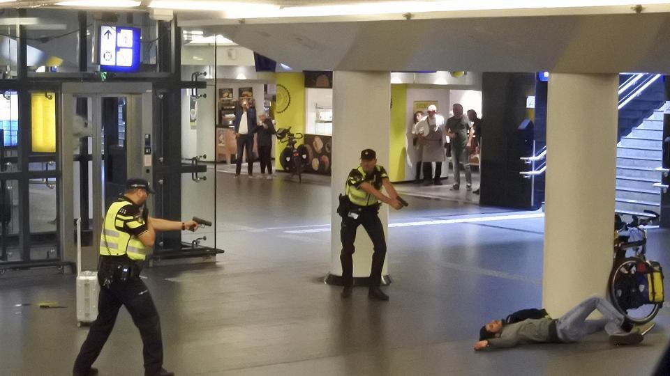 Dutch knife attack,Amsterdam knife attack,Stabbing
