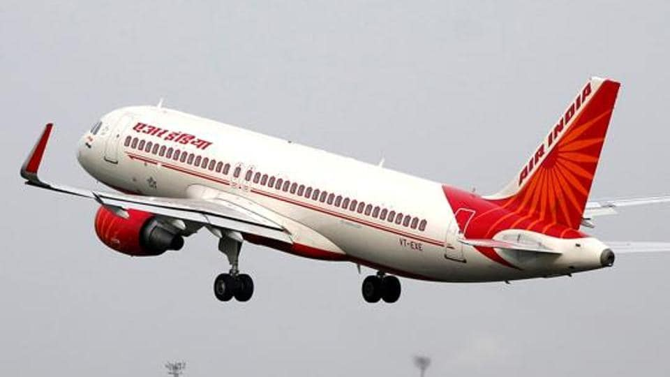 Drunk man urinates on Air India flight seat,Air India,civil aviation ministry