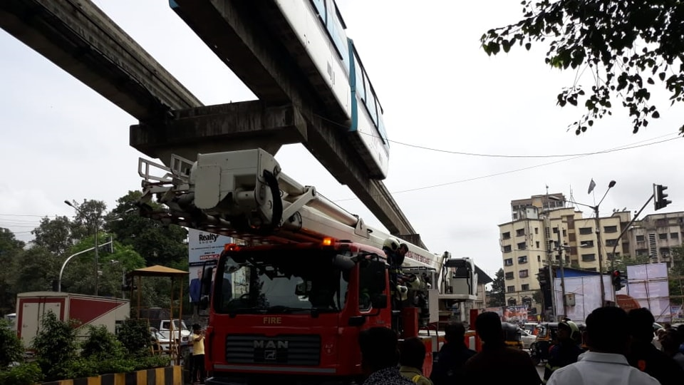 The fire brigade had to cut the cable wires when it got engulfed with a Monorail door on Sunday.