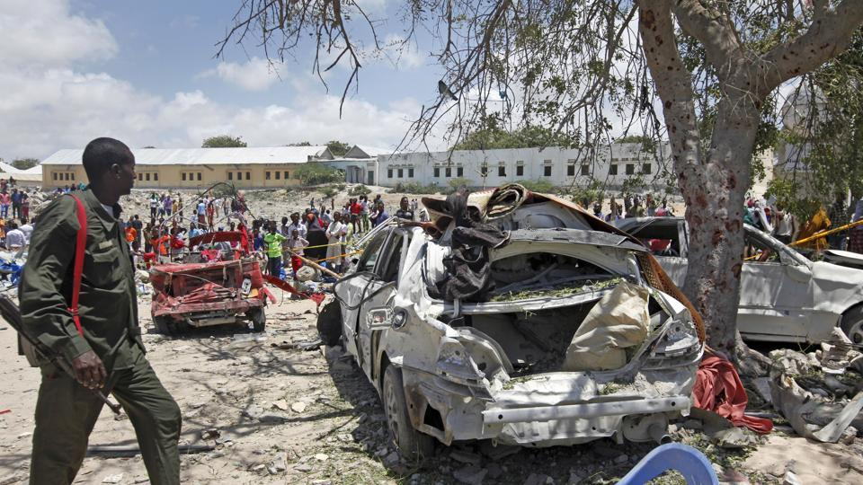 suicide bombing,somalia,car bombing