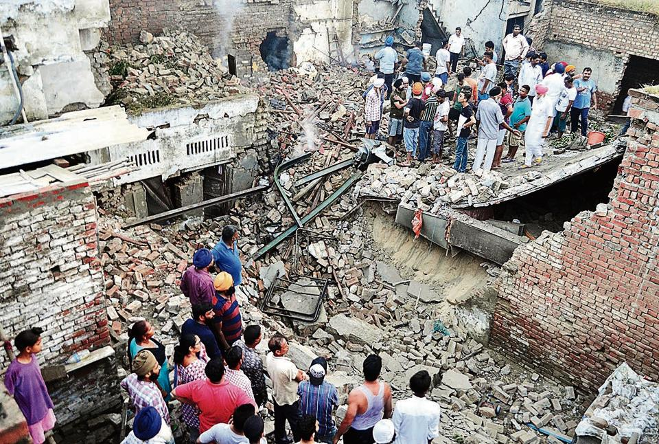 Amritsar cracker factory,cracker factory explosion,factory explosion