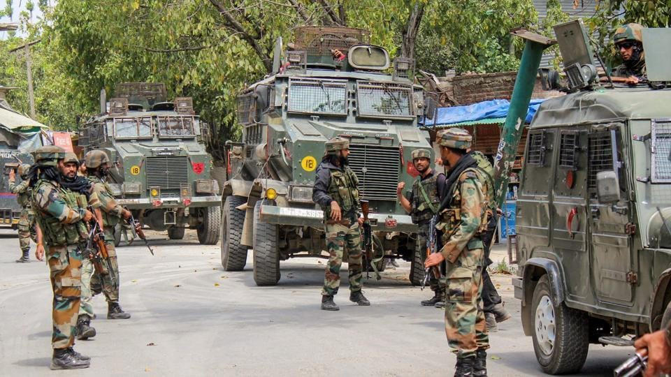 Officials said more than 1,000 troopers from three Rashtriya Rifles units, the Jammu and Kashmir police and the Central Reserve Police Force were involved in the operation, which was called off in the evening.