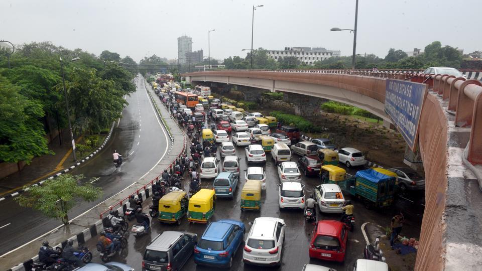 Trafic diversion,Traffic jams,Delhi Traffic Police