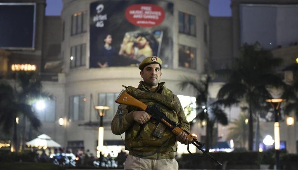Bootlegger,Shootout,Delhi Police