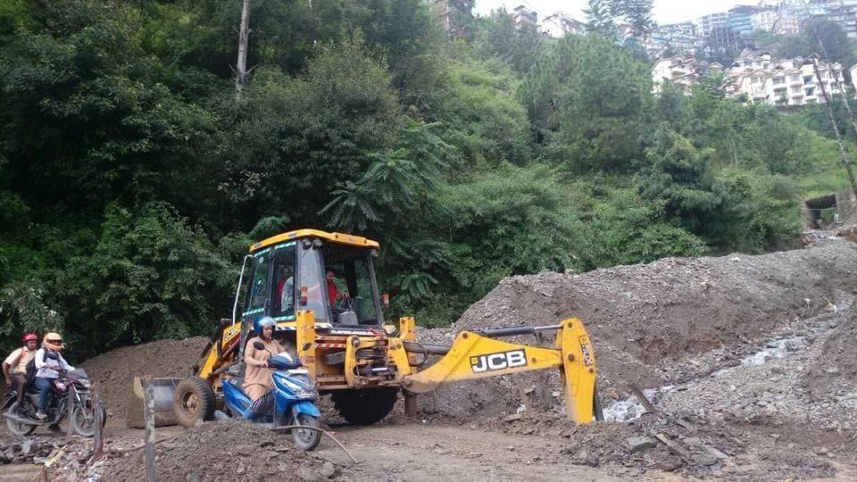rain,landslide,Shimla-Kalka highway